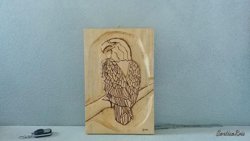 wooden-eagle-engraved-and-pyrographed