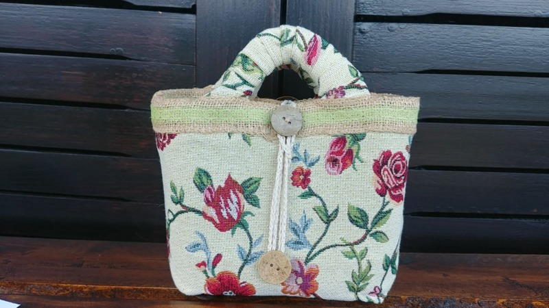 bag-gobelin-jacquard-recycling-bag-with-jewel-closure