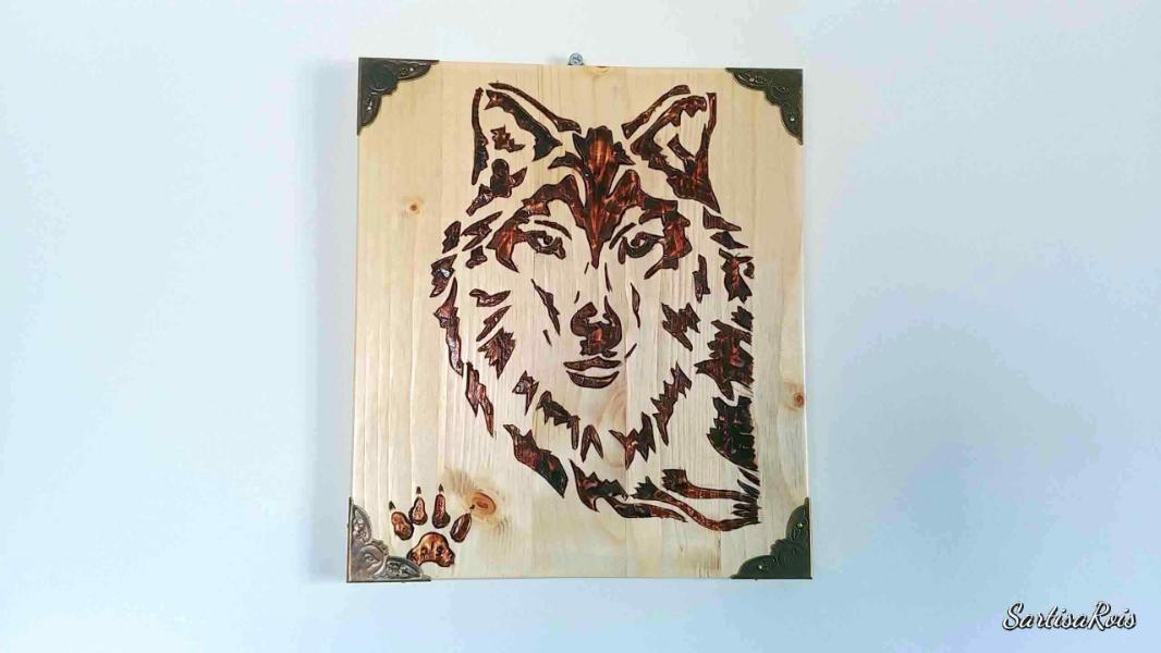 lupo-pirografato