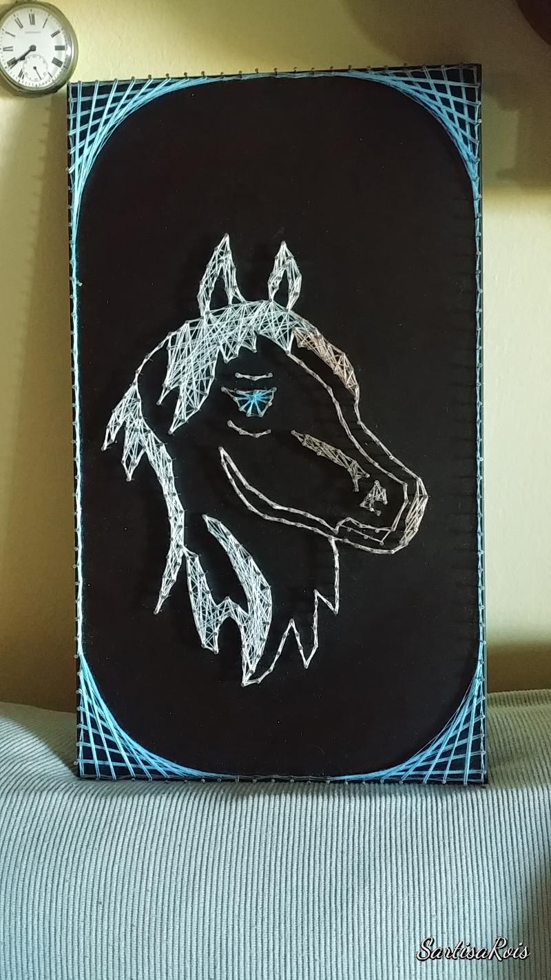 cavallo-string-art
